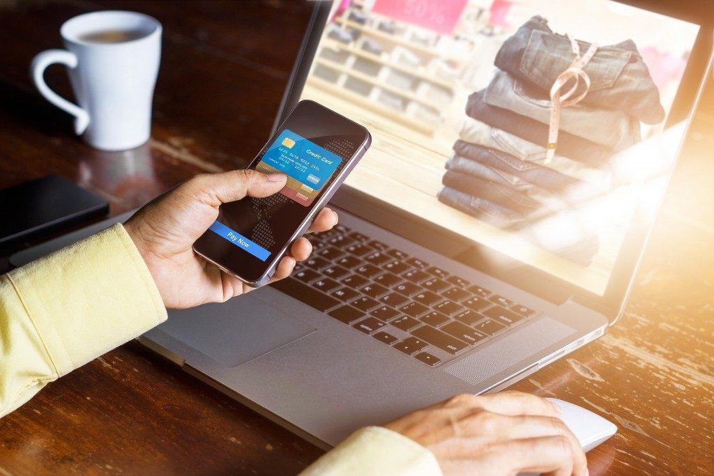 Online shopping on an app